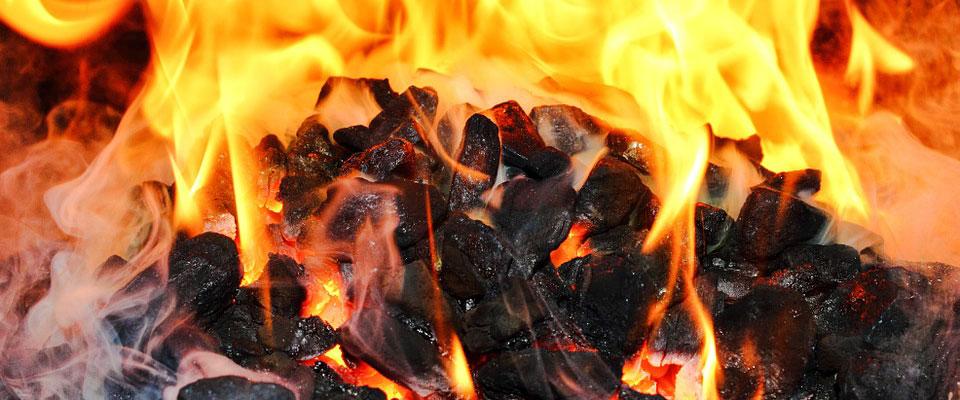 Пламя горящего угля